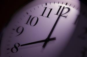 800-pm-clock